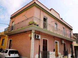 Appartamento indipendente con ampio terrazzo