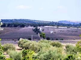Rustico 200 mq con 2,8 ettari di terreno