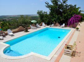 Noto - Agriturismo c.da Saccollino con piscina