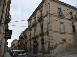 AFFITTO - Prestigiosi appartamenti in Centro Storico (Residenziale/ExtraAlberghiero)