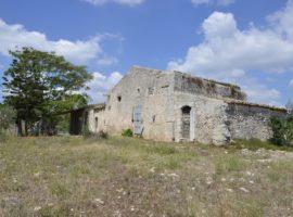 Caseggiato dell'800 ad Avola Antica