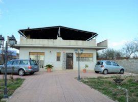 Villa in c.da Falconara