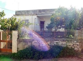 Villetta indipendente con annessa porzione di fabbricato antico